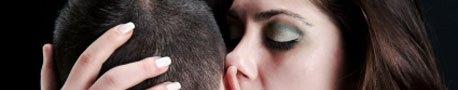 Dirty Talk: Was Frauen und Männer im Bett hören wollen
