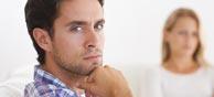 Bereit zur Flucht: Bindungsangst behindert das große Beziehungs-Glück